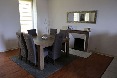 APPARTEMENT T5 LE RELECQ-KERHUON