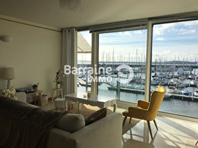 LOCATION  BREST  PORT DE COMMERCE  APPARTEMENT T3 DUPLEX  95.53 m²  VUE MER EXCEPTIONNELLE PARKING