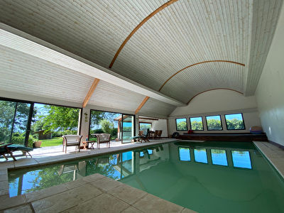 Maison avec piscine privative Créhen - Location vacances